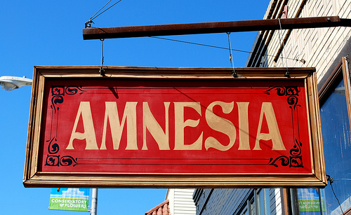 amnesia-sign-old